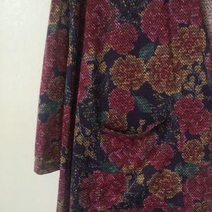 Cardigan, beautiful pattern and print! New w/tags!
